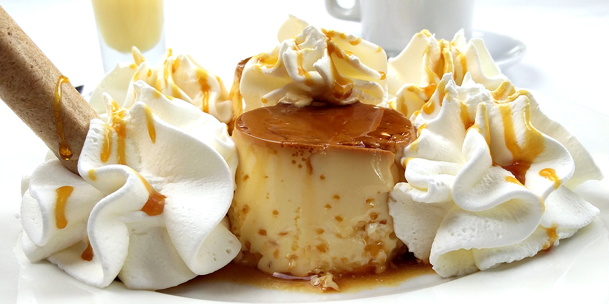 Flan with cream or rum